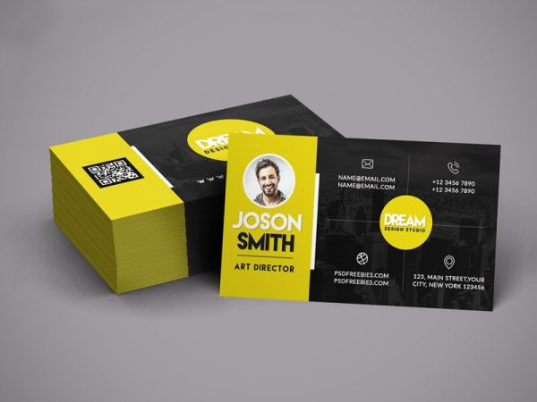 Imagem correspondento a um cartão de visita frente e verso nas cores preto e amarelo.